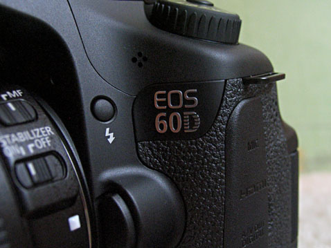 60D 2