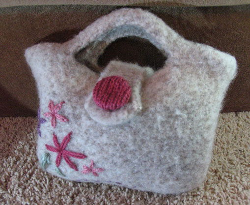 Mommy's mini felted bag 1